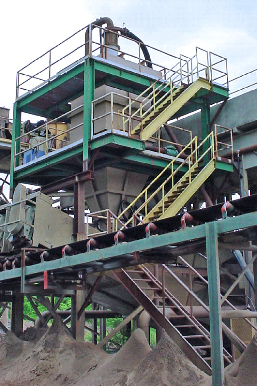 Sand Plant With Density Separators and Classifier